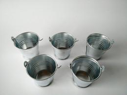 Wholesale 100Pcs D5 H5 CM Cheap Metal Favor Pail Tin bucket Zinc Pail Decorative wedding favor holders Silvery candy holders