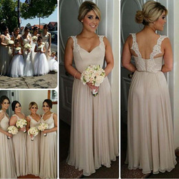 2019 Cheap Champagne Long Bridesmaid Dresses With Straps Sweetheart Lace Chiffon Floor Length Backless Bridesmaid Dresses