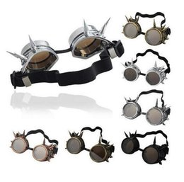 Wholesale Hot Sale WELDING CYBER GOGGLES GOTH STEAMPUNK GOGGLES GLASSES COSPLAY GOTH ANTIQUE VICTORIAN WITH SPIKES Rivet goggles