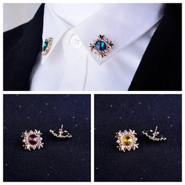 Original personality fashionable men and women suit shirt collar corner pattern crystal diamond brooch pin buckle shirt collar horn button