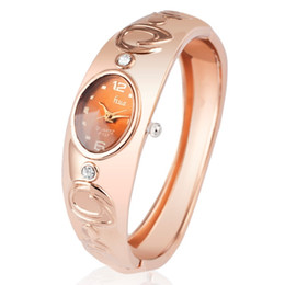 A1 Fashion women quartz watches rose gold ladies Bangle Watch Newest New hot sell popular designer rhinestone watch relogio feminino