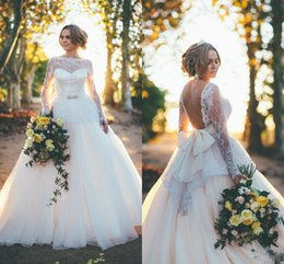 Wholesale Sexy Open Back Lace Wedding Dresses With Long Sleeves Big Bow Plus Size Sash Vintage Garden Western Country Bridal Wedding Gowns Cheap