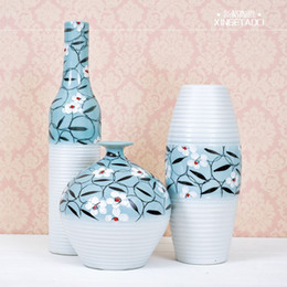 The modern decorative arts and crafts pottery Home Furnishing three piece vase ornaments Shang Danqing Garden Decor