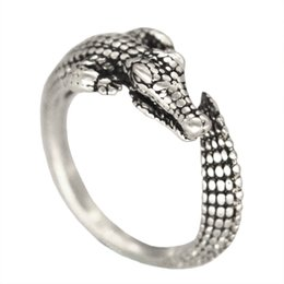 10pcs lot Hot Sale Adjustable Wild Crocodile Animal Wrap Rings for Women and Girls Unique Ring Gift