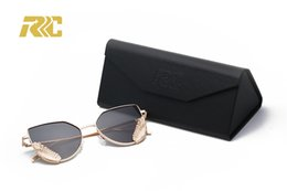 2018 stylish blazed mirror sunglasses with mental angle wings for women men metal frame sunglasses chile Gafas de sol