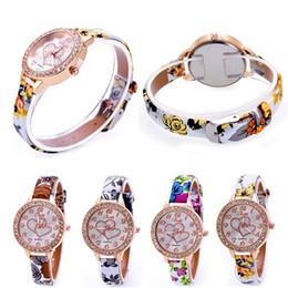 2017 cuero reloj pulsera corazón Rhinestones diamantes de lujo libre de DHL pulsera relojes vestido de las mujeres de la manera del corazón del amor la correa de cuero pulsera de cuarzo Relojes de mujer nueva cuero reloj pulsera corazón promoción