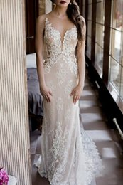 2017 Modest Fit and Flare Wedding Dress Sexy Sheer Bling Pearls Lace Applique Jewel Neck Elegant Ivory Mermaid Illusion Country Bridal Gowns