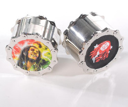 Wholesale China Directly Sale Diamond Teeth Grinder Herb With Fancy Shape And Look Beautiful Tobacco Grinder