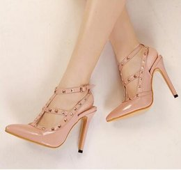 Hot sell anti-wolf explosion models rivets high heels shoes fine with pointed heels women shoes