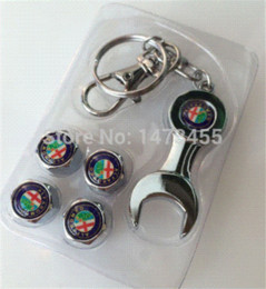 Wholesale Freeshipping tire valve caps Car Wheel Airtight Tyre Tire Stem Air Valve Caps with Keychain Fit for Alfa Romeo