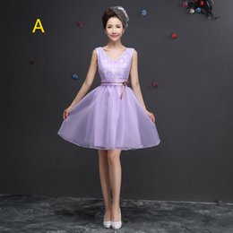 Wholesale Fashion Beautiful Short Lilac Lace Bridesmaid Dresses V Neck Bateau Tank A Line Natural Dress Prom Gowns