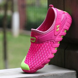 Wholesale 2016 summer new children s shoes kick mesh hollow breathable comfort girl