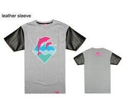 New Summer Fashion Cotton Short Sleeve Streetwear Dolphin Printed T-shirt Hip Hop Pink Dolphin T Shirt Men Top Tees leather tee