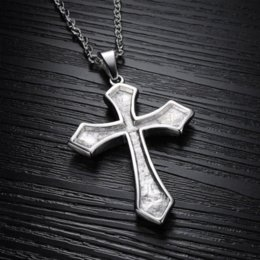 Croix d'argent en Ligne-Silver Black 316L Stainless Steel Cross de nouveaux hommes collier pendentif 039 Pendentif pas cher collier de perles