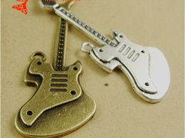Wholesale A4038 MM Antique bronze guitar charms Factory direct sales sweater chain musical instrments necklace pendant explosion fashion diy