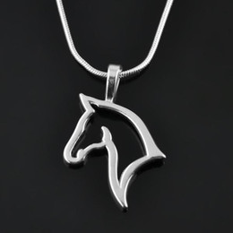 Wholesale New Design Trendy Women Necklaces Cute Horse Pendant Necklaces FN013