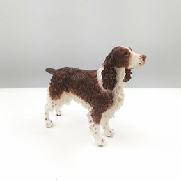 Wholesale Factory Outlet resin craft arts Simulation Model Of Brown White Cocker Spaniel For Auto Ornament