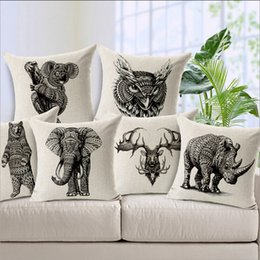 Wholesale Vivid Animal Image Elephant Rhino Sloth Deer Owl Bear Cotton White Pillow Office Car Cover Chair Bed Cushion Covers MOQ PC Animal Case