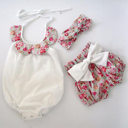 Wholesale Hug Me Toddler Girls Clothes Sets Summer Fashion Lace Floral Rompers Bow Floral Short Headband pieces sets MK