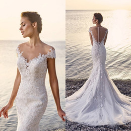 2016 Sexy Beach Wedding Dresses Mermaid Style Illusion Neckline Sheer Back Romantic Lace Appliques Elegant Bridal Gowns with Sweep Train