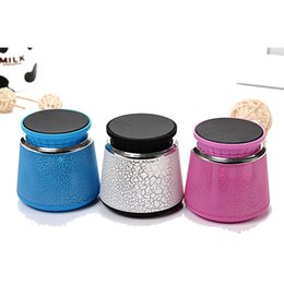 New Portable Wireless Bluetooth Speaker LED Colorful Lights Hands-free Mini Speaker with Radio Support Phone Card