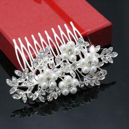 Wholesale Trendy Hairwear Women Accessories Bridal Hair Jewelries Crystal Clear Rhinestone Flower Alloy Wedding Hair Tuck Comb mm