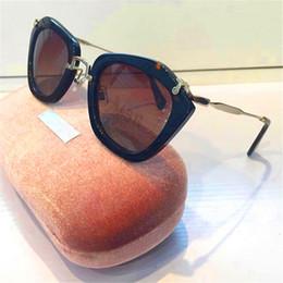 Compra Online Gafas de sol de color rosa-sunglass de las n SMU10NS gafas de sol del ojo de gato lente polarizada con un diseño exterior de estilo de color rosa caso oiriginal verano