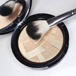 Wholesale Good Quality ABH Ana Illuminators Highlighter Makeup Cheek Face Facial Highlighter Skin Illuminator Complexion Contour Highlighter Powder
