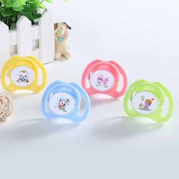 Wholesale 0 Years Baby Pacifiers Sleep Silicone Teether Soft Touch with Cover Newborn Infant Babies Nipples Funny Pacifier Cartoon Safe Baby Chupeta