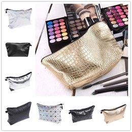 Wholesale 122 Designs D printing leathe r Polyester Make Up Bag Women s Handbags Cosmetic Bags Cute Casual Travel Bags Fullprint Makeup Bags Cases