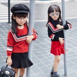 Wholesale Beautiful Girls Outfits Autumn Winter New Style Children Clothing Girls Clothing Sets Lovely School Suits Girl Skirt Outfits Dandy
