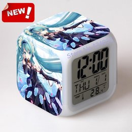 Wholesale tsune Miku Hatsune cartoon alarm clock LED colorful night light touch alarm sent to the battery can be customized to picture