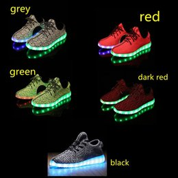 Wholesale Led Light Up Air Mesh Sneakers for Adults Flashing Glow Lighting Shoes for Men Women with USB Charger Changing Colors Footwears