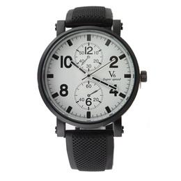 Promotion la montre-bracelet pour hommes 2015 V6 Strips Heure Marques ronde Dial Silicone Montre Hommes Man Mode Sport Quartz Montre Relogio Masculino