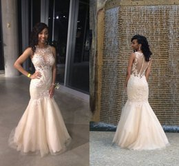 New Champagne Sheer Crew Neck Lace Appliques Festa Prom Dresses Dubai Sheer Crew Neck Illusion Button Back Mermaid Evening Gowns