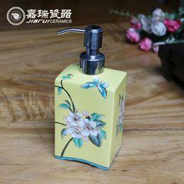 Wholesale 400ml Fashion Hand painted Ceramic Bathroom foam soap dispenser hotel Manual liquid soap Dispenser
