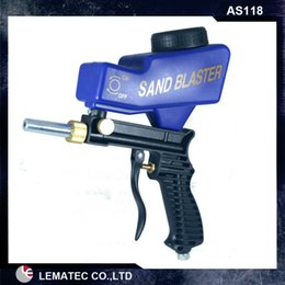 Wholesale LEMATEC Hand held Portable Air Sandblaster Gravity Feed Sand Blaster for remove rust paint and so on hot sell air tools