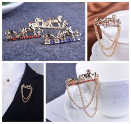 Europe and America personality carriage diamond brooch barbed horse collar pin pin buckle tassel chain shirt for men and women