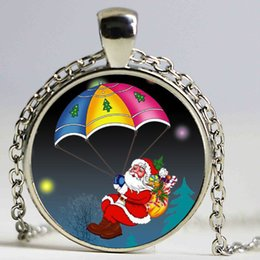 Wholesale Christmas Gift Necklace Glass Cabochon Santa Claus Picture Statement Chain Necklace