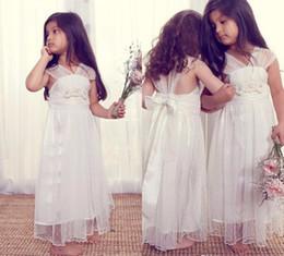 Cute Kids A-Line V neck Cap sleeves Lace Beach Flower Girls Dresses for Weddings Floor Length Comfortable Child Communion Dress