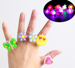 LED Glowing Finger Rings Silicone Finger Rings With Retail Box Cartoon Kids Girl Children Toy Jewelry Party Birthday Supplies 02#