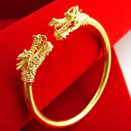 Our jewelry gold bracelet for a long time does not fade and imitation gold bracelet 24K gold wedding jewelry domineering leader