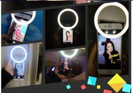 Descuento anillo de luz led de la cámara 2016 nuevo Selfie LED anillo de flash luz de la cámara de luz de relleno de fotografía Spotlight luz de disparo de noche para el iPhone samsung ajustable brillo
