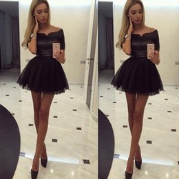Wholesale Short Black Homecoming Dresses Off The Shoulder Satin Top Mini Tulle Cocktail Gowns Sexy Cheap Online Party Dress For Girls
