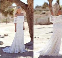 2019 Boho Summer Beach A-line Lace Wedding Dresses Off Shoulders Beach Elegant Cheap Summer Long Bohemia Bridal Gowns with Train