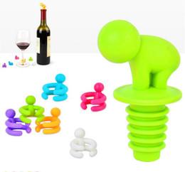 Creative Mignon Petit Ivrogne plastique étanche Bouteille de vin Bouchon avec 6pcs Verre à vin Coupe Marker Accessoires pour le vin (couleur aléatoire) à partir de verre bouchons de vin fournisseurs