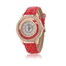 Classical Brand New Quicksand Crystal Watch for Woman Luxury Leather Belt Casual Sport Women Cute Fashion Simple Style Dress Watch