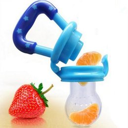Wholesale Baby Infant Toddler Feeding silicone Food Fruit Feeder Kids Nipple Feeding Safe Nipple Pacifier T7034