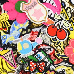 Wholesale Diy patches for clothing iron embroidered patch applique iron on patches sewing accessories badge stickers for clothes bag