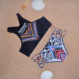 Bikinis Women 2016 New Geometrical Printed High Neck Bikinis Set Crop Bikini Top+Bottom Sexy Bandage Swimwear Sports Swimsuit